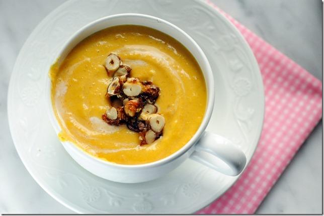 Soupe-de-potiron-aux-noisettes