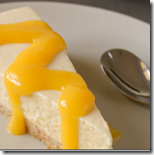 cheesecake-a-la-mangue-son-coulis-frais
