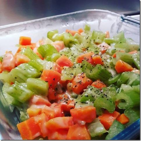 céleri et carottes en sauce