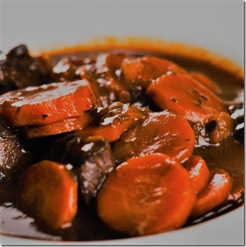 boeuf au vin rouge et aux champignons